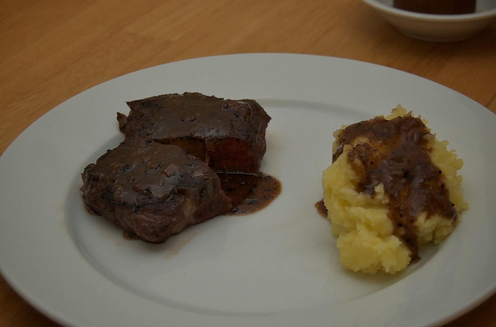 http://blog.rickk.com/food/2009/12/17/DSC_0006.jpg