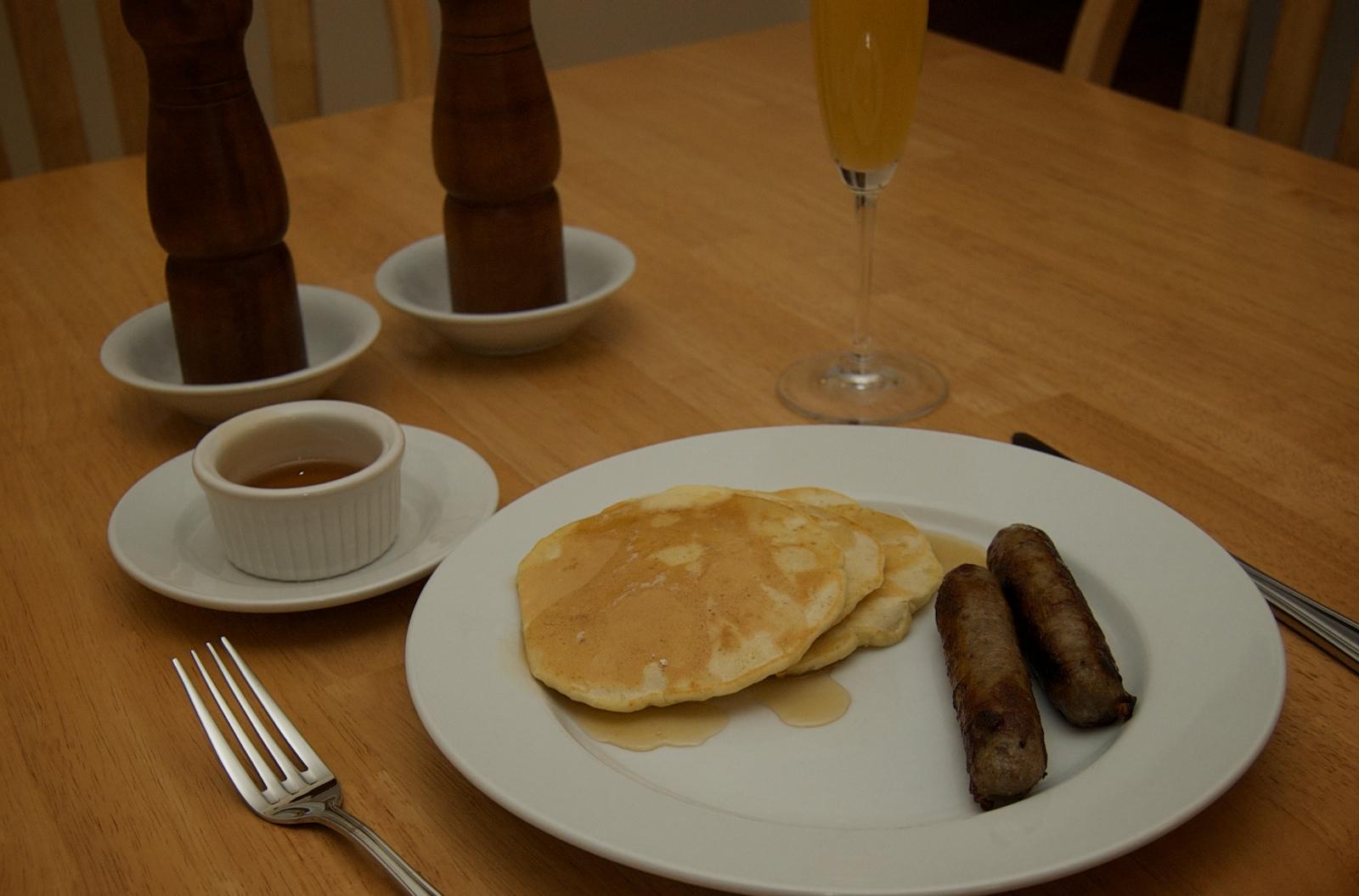 http://blog.rickk.com/food/2009/12/25/pancake.jpg