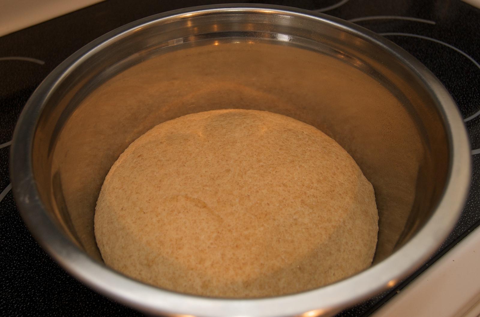http://blog.rickk.com/food/2009/12/27/rolls1.jpg