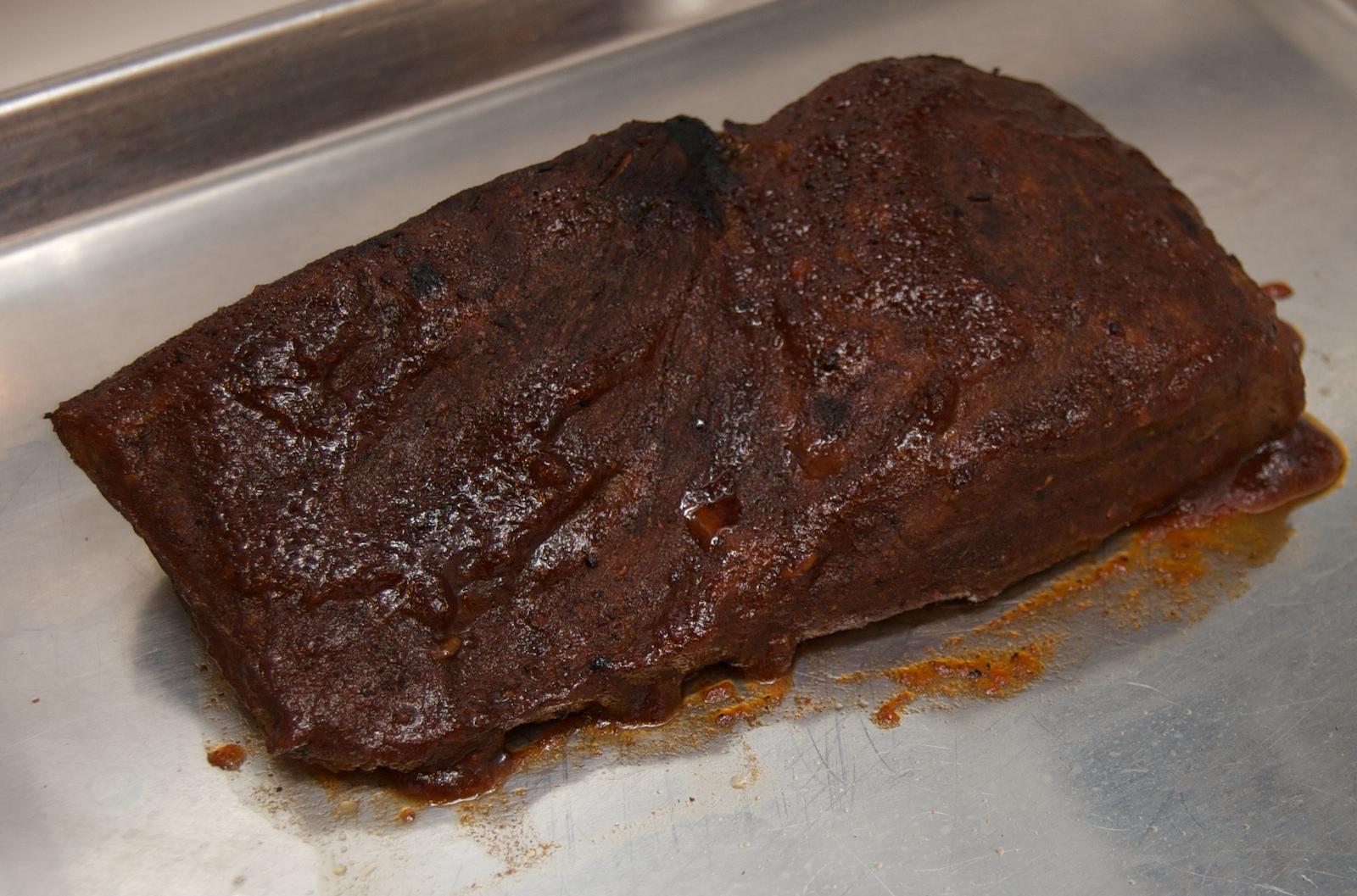 http://blog.rickk.com/food/2009/12/29/bbq5.jpg