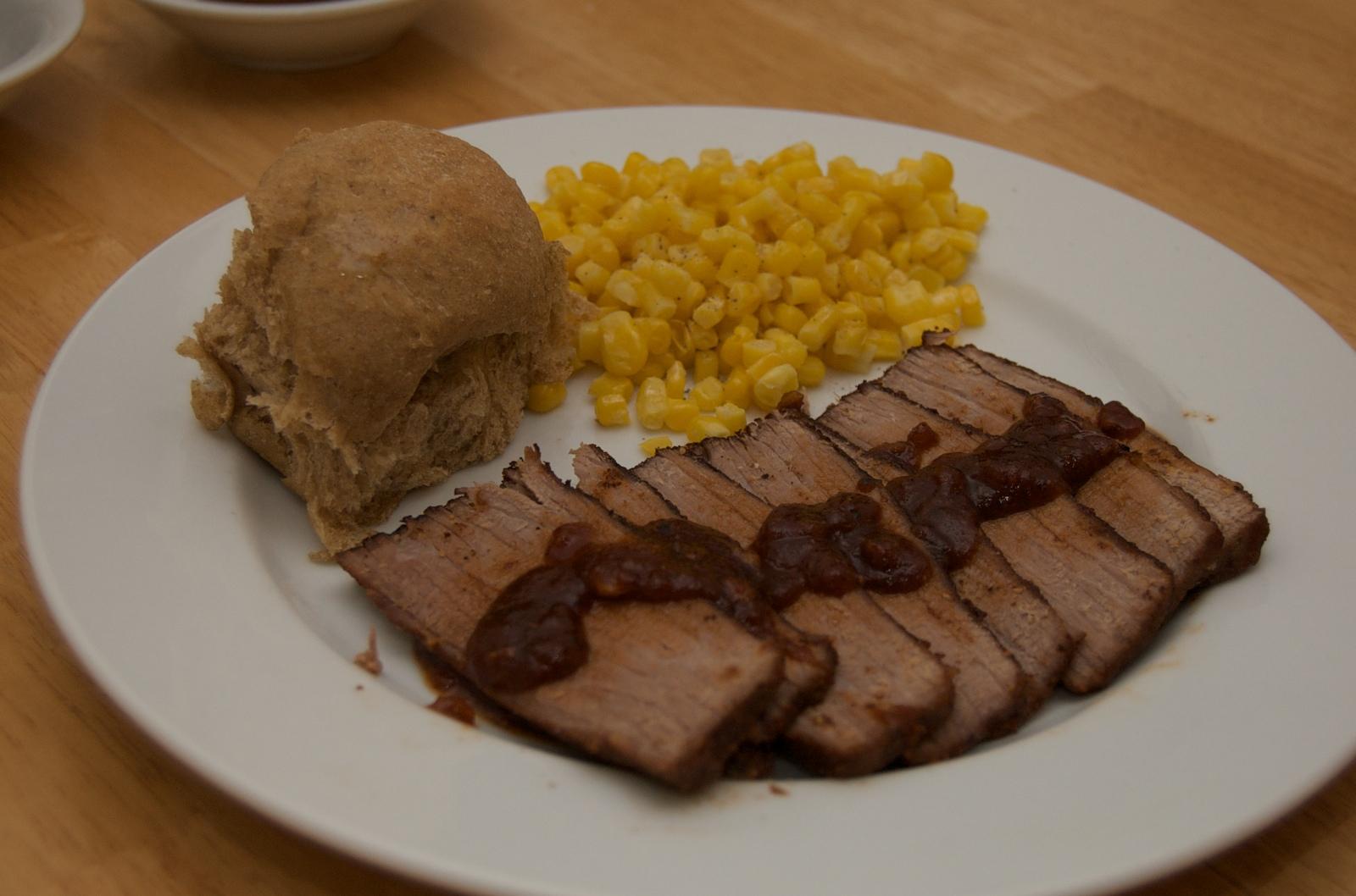 http://blog.rickk.com/food/2009/12/29/bbq6.jpg
