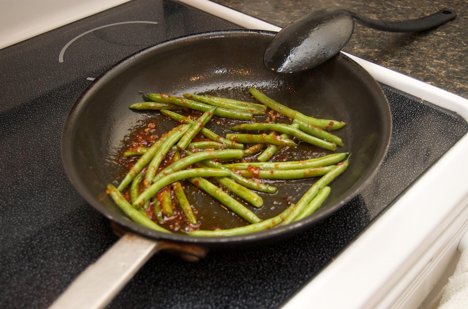 http://blog.rickk.com/food/2010/01/05/DSC_0012.jpg