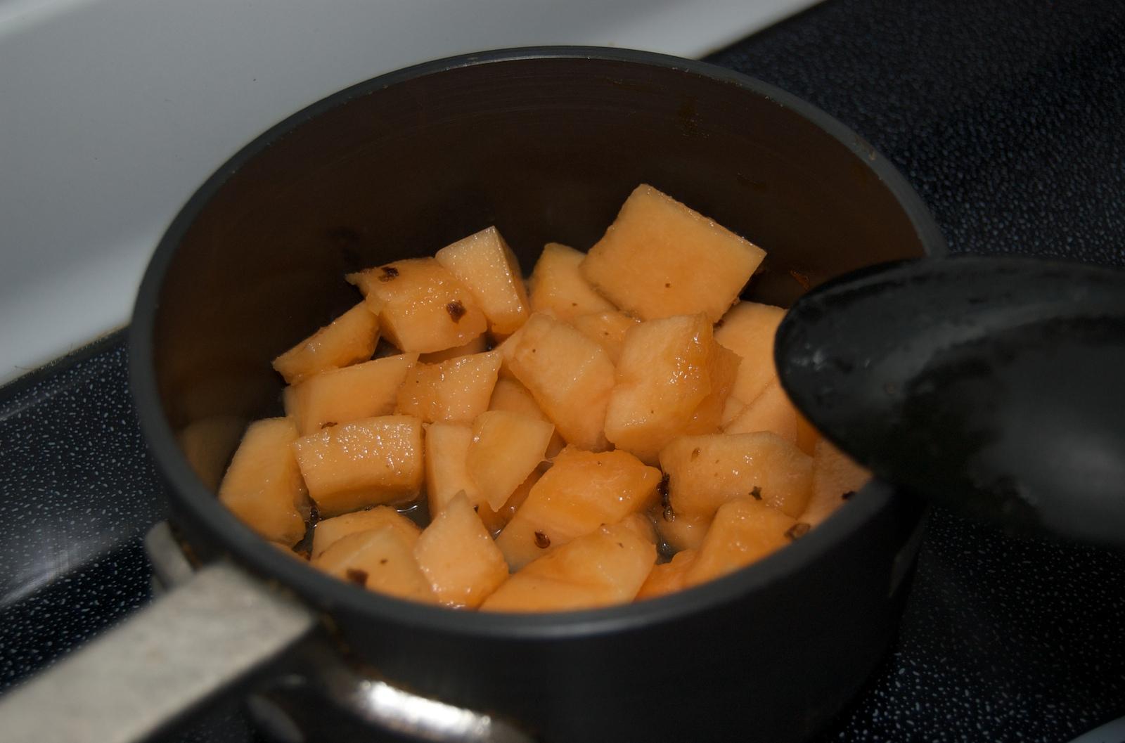 http://blog.rickk.com/food/2010/01/13/DSC_0002.jpg