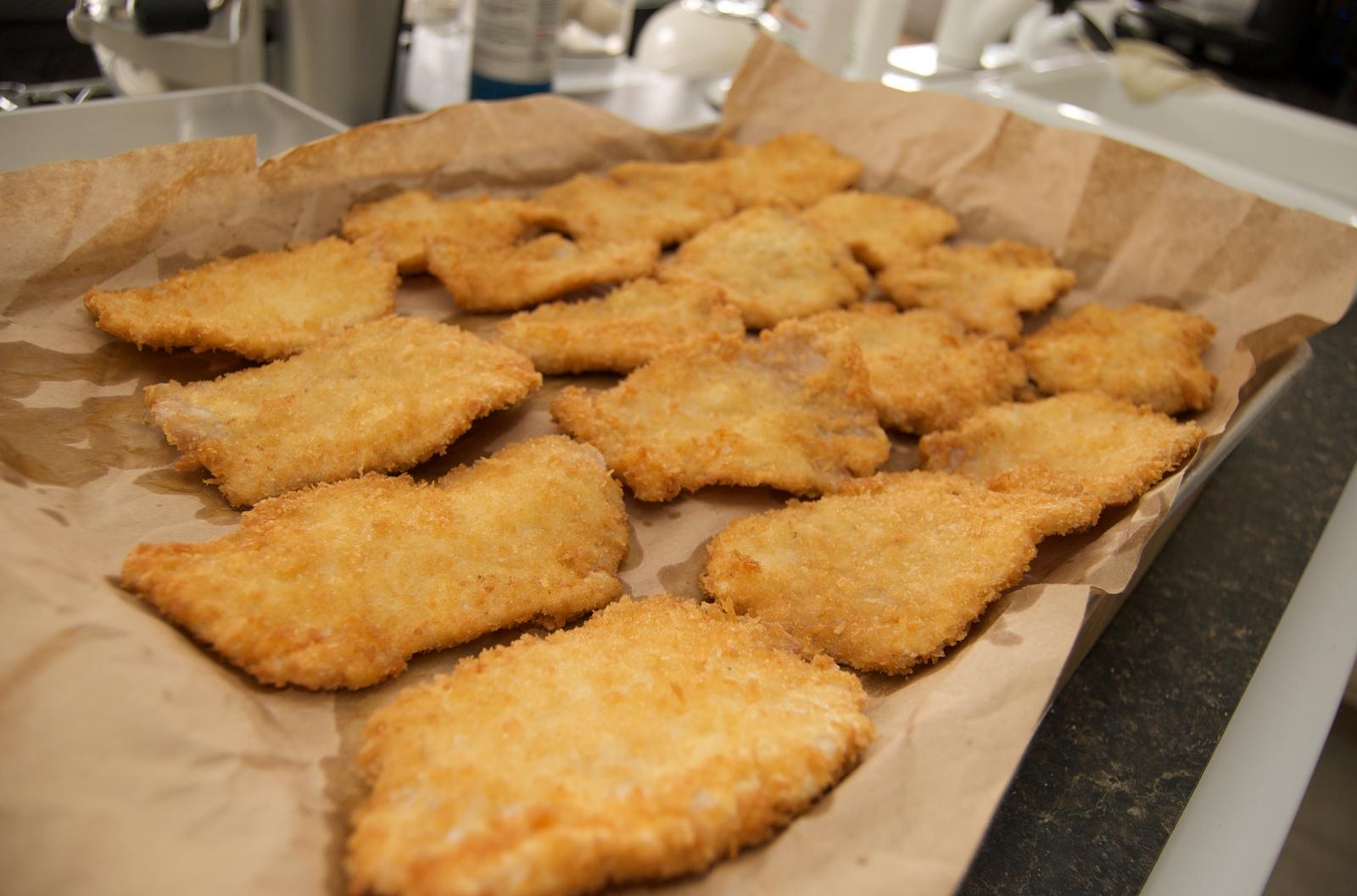 http://blog.rickk.com/food/2010/03/21/tonkatsu8.jpg