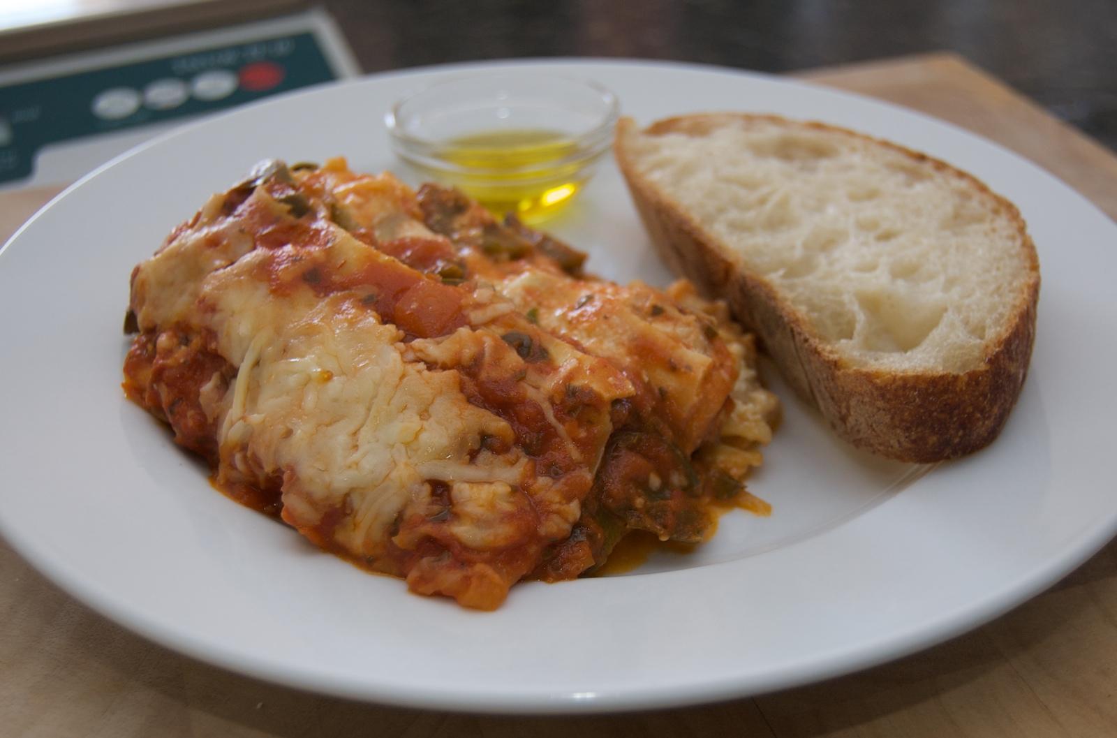 http://blog.rickk.com/food/2010/04/05/lasagna1.jpg