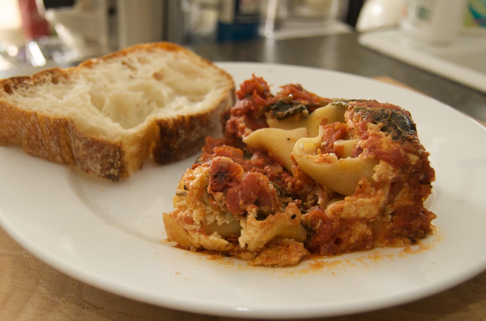 http://blog.rickk.com/food/2010/06/20/lasagna1.jpg