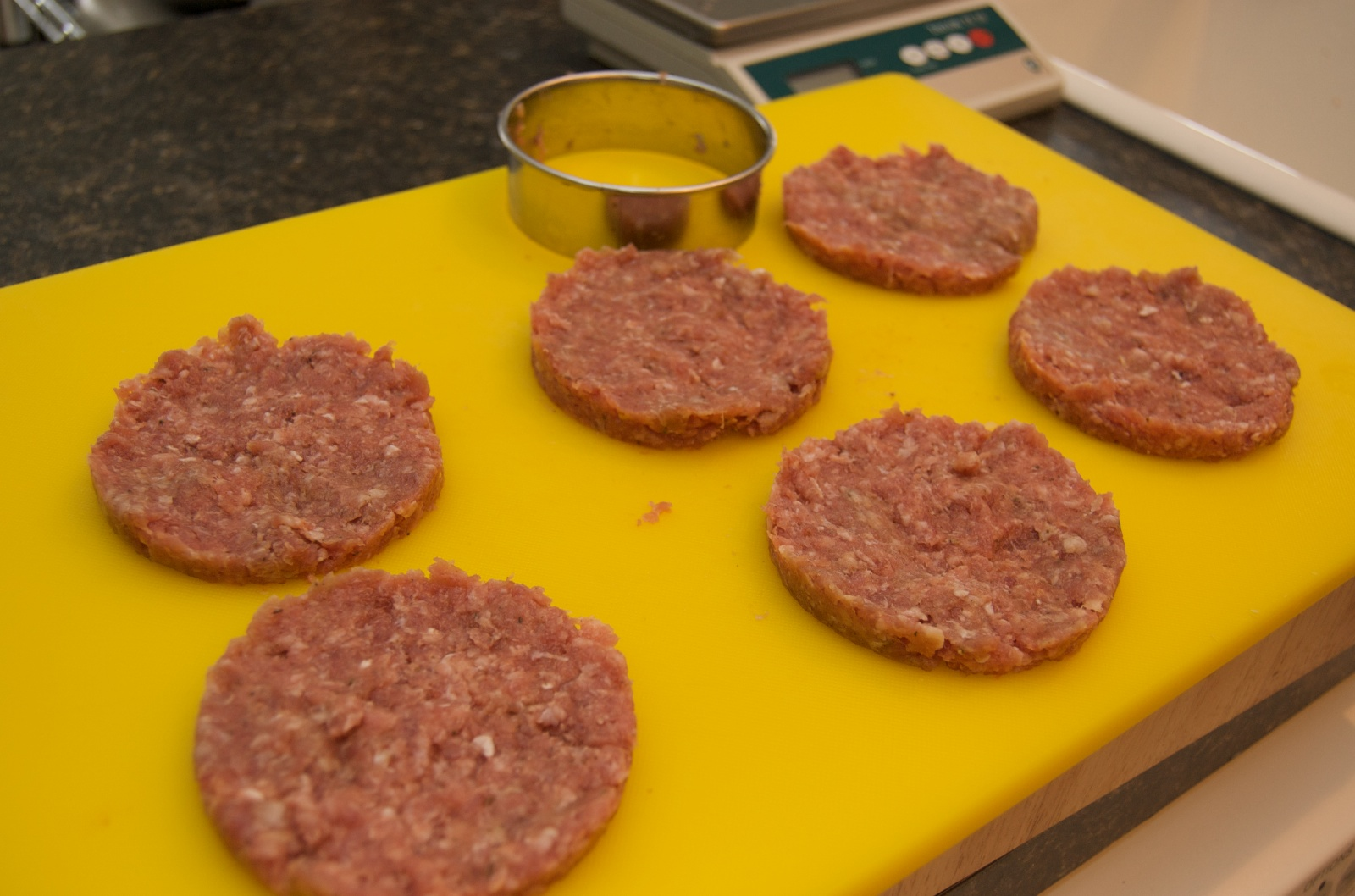 http://blog.rickk.com/food/2010/06/27/breakfastsandwich2.jpg