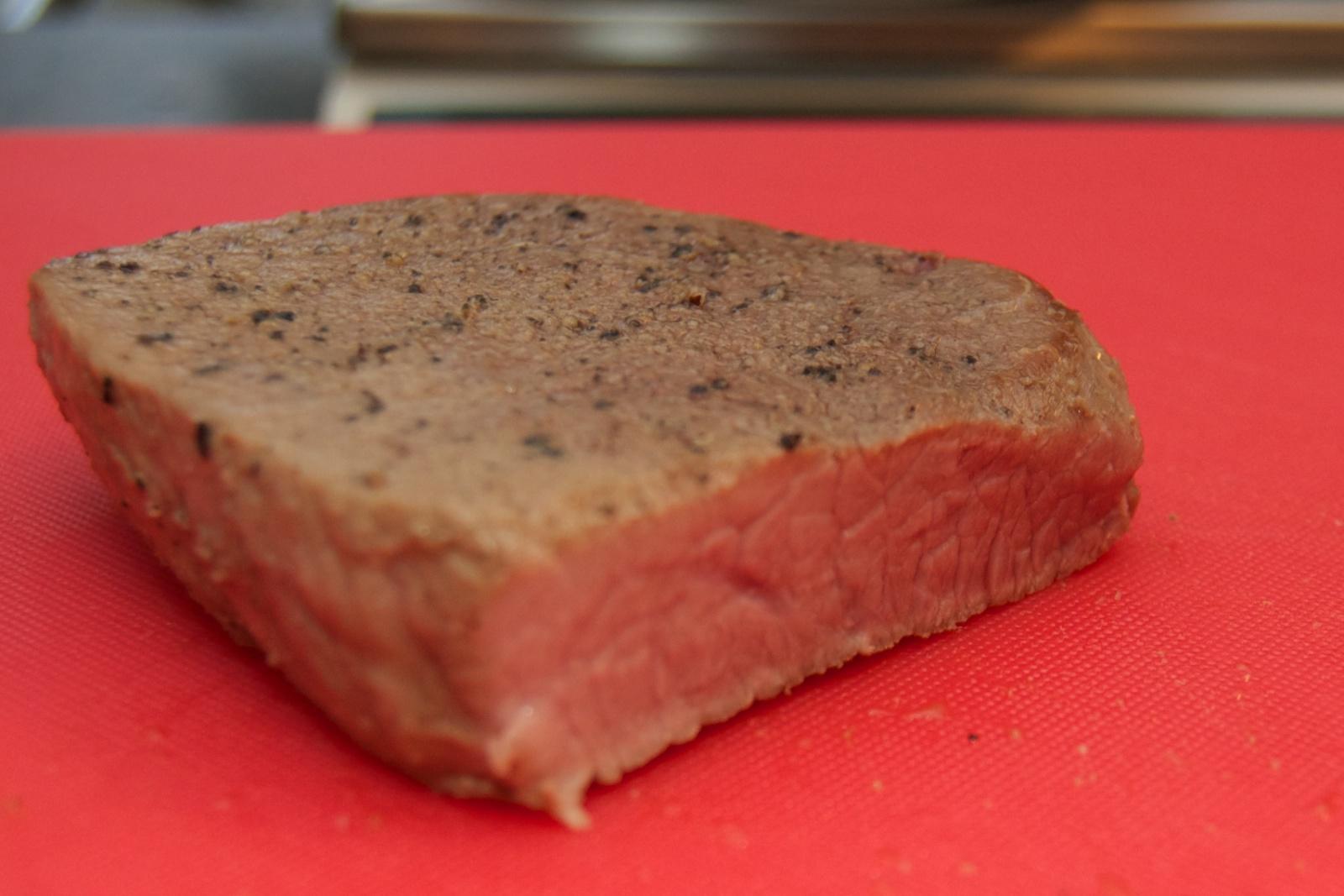 http://blog.rickk.com/food/2010/11/06/roastbeef3.jpg