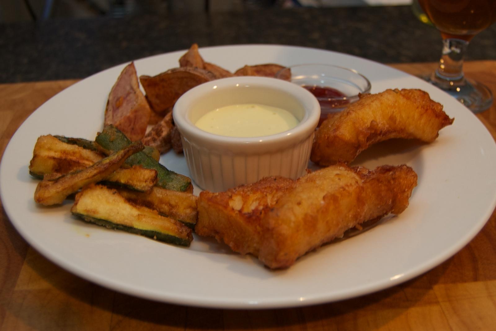 http://blog.rickk.com/food/2010/11/12/fishandchips1.jpg