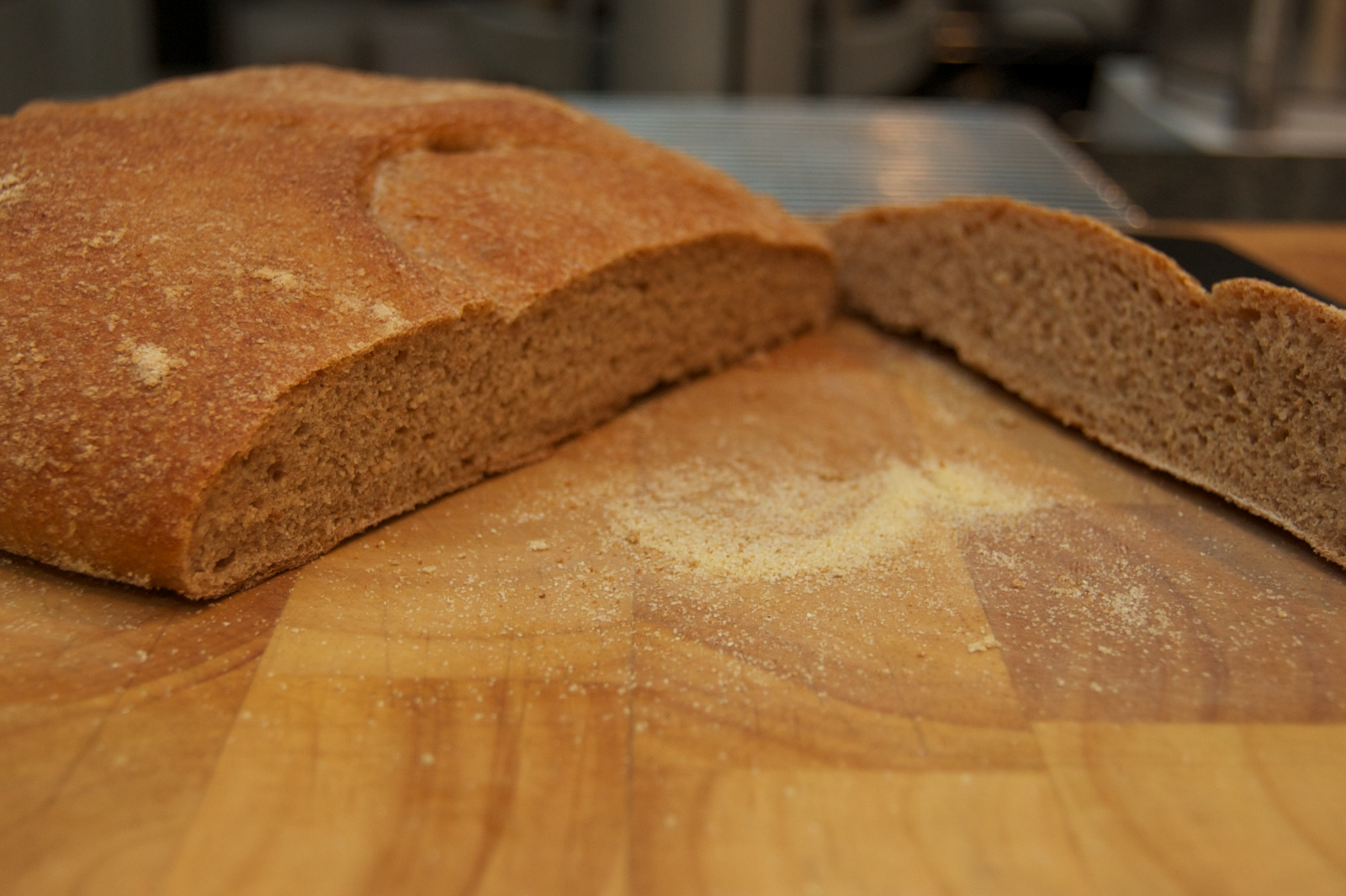 http://blog.rickk.com/food/2011/01/15/ciabatta5.jpg