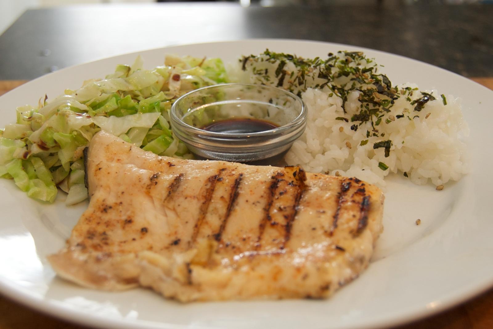 http://blog.rickk.com/food/2011/03/18/ate.2011.03.18.d.jpg