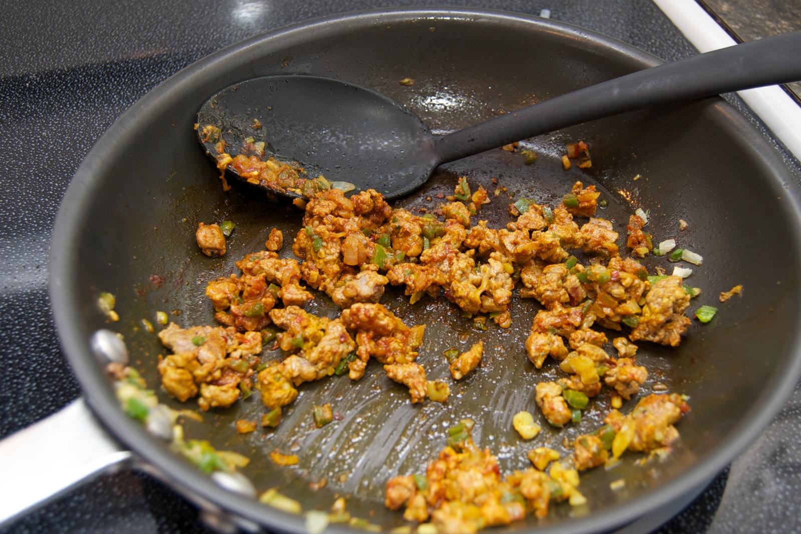 http://blog.rickk.com/food/2011/04/05/mbatten2.jpg
