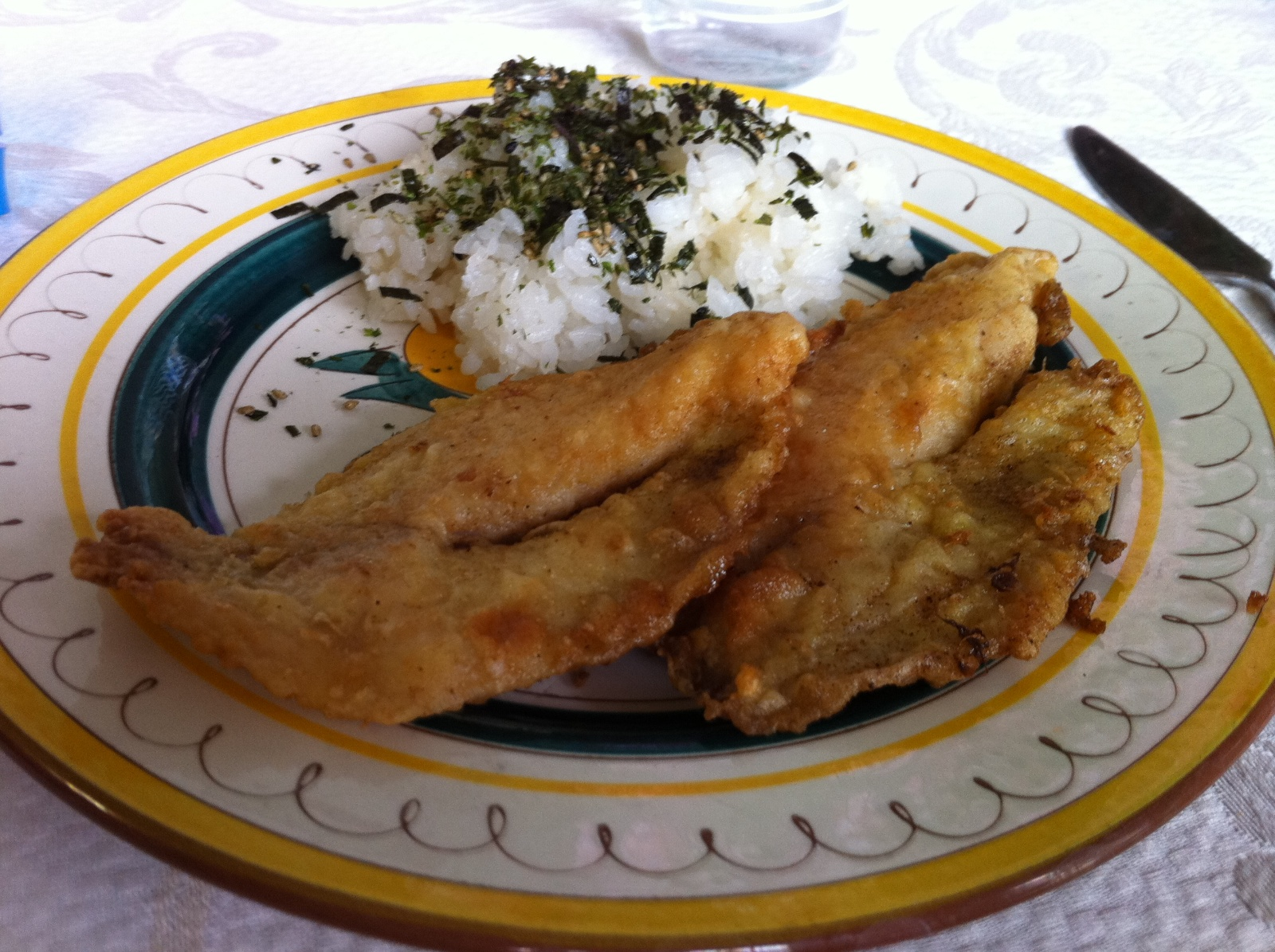 http://blog.rickk.com/food/2011/04/18/ate.2011.04.18.l.jpg