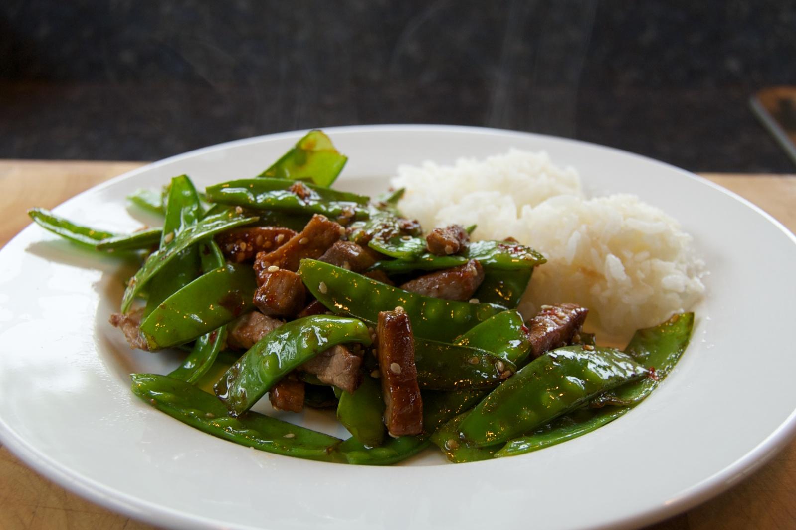 http://blog.rickk.com/food/2011/06/22/ate.2011.06.22.l.jpg