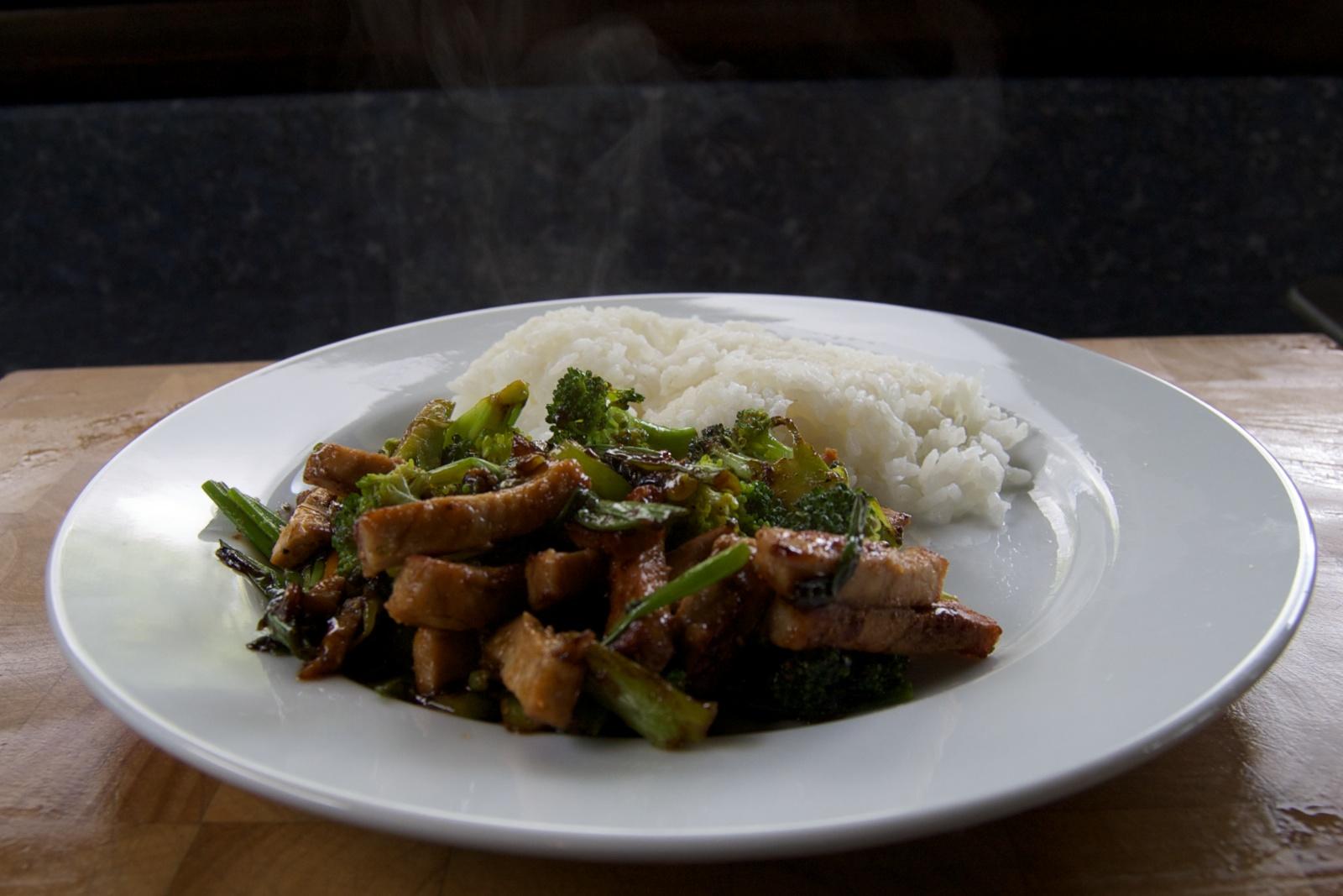 http://blog.rickk.com/food/2012/05/31/ate.2012.05.31.l.jpg