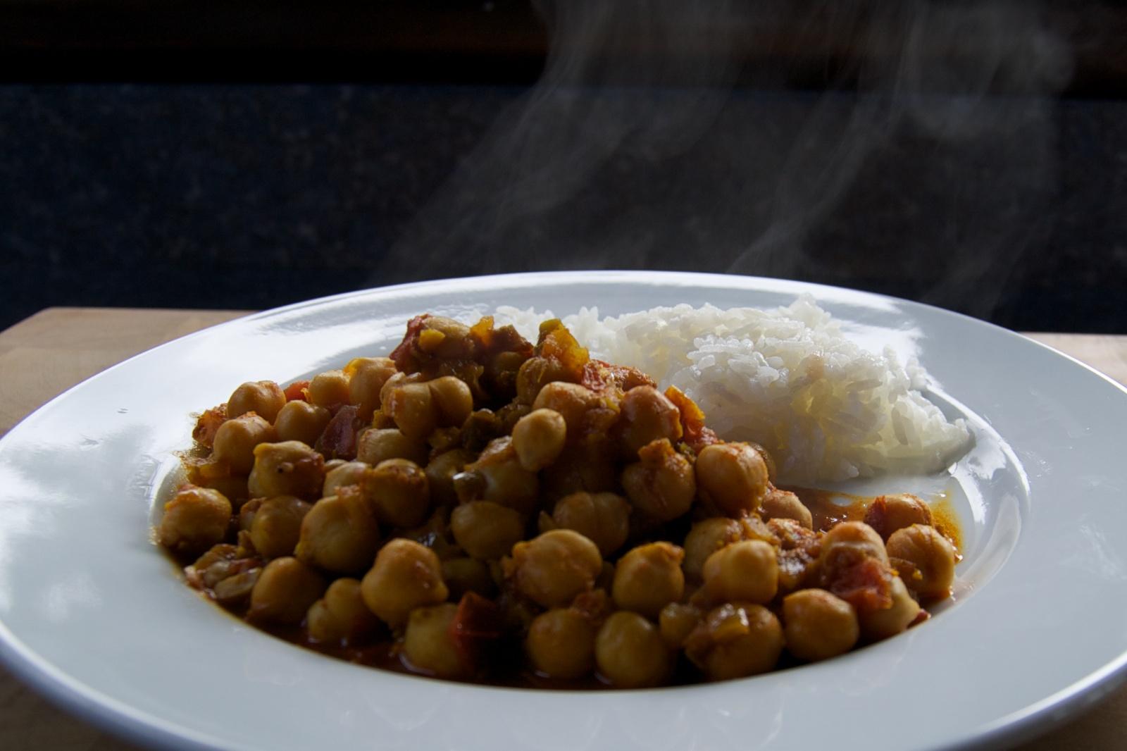 http://blog.rickk.com/food/2012/08/20/ate.2012.08.20.l.jpg