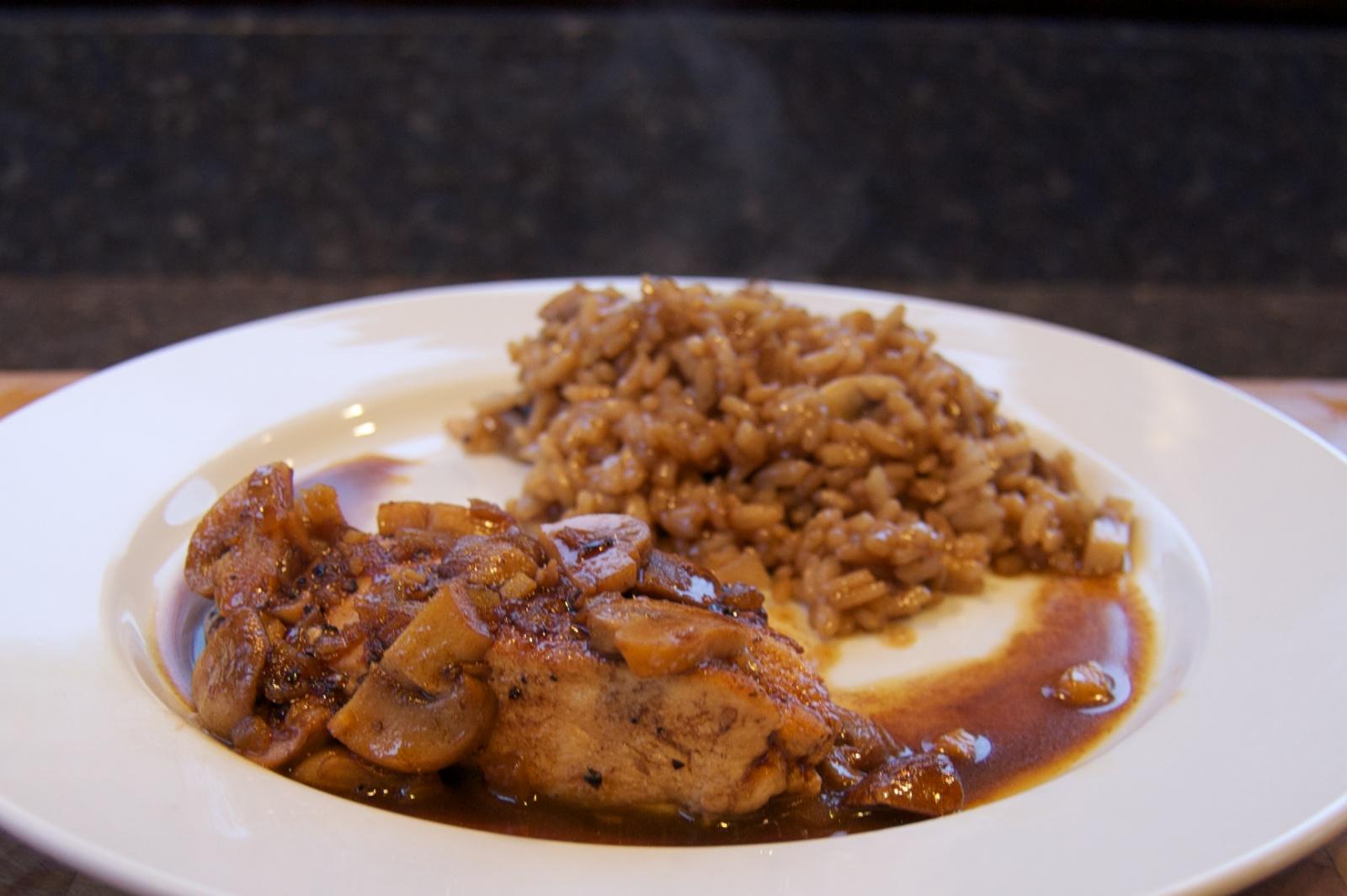 http://blog.rickk.com/food/2012/10/10/ate.2012.10.11.d.jpg