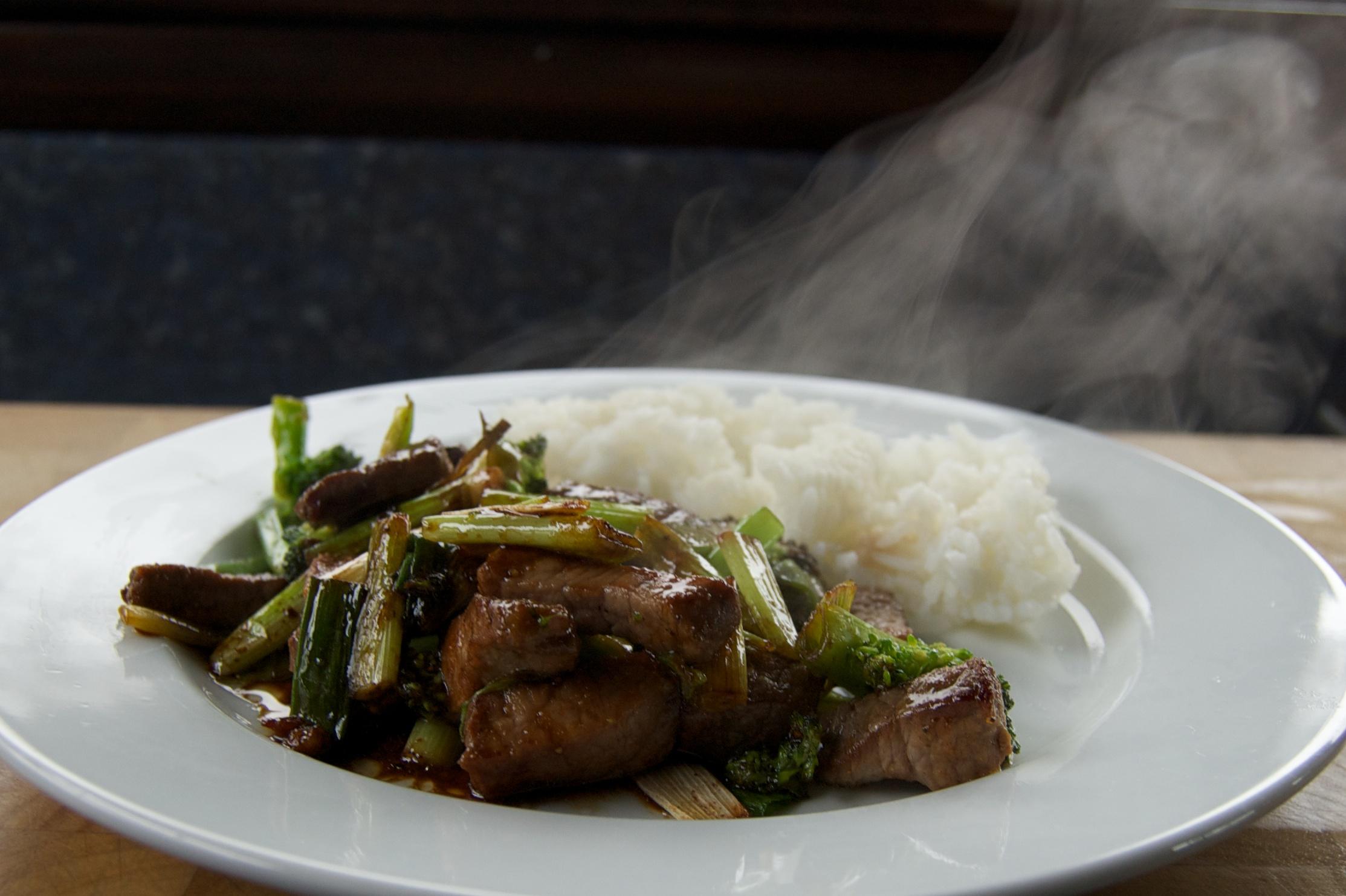 http://blog.rickk.com/food/2012/10/26/ate.2012.10.25.l.jpg
