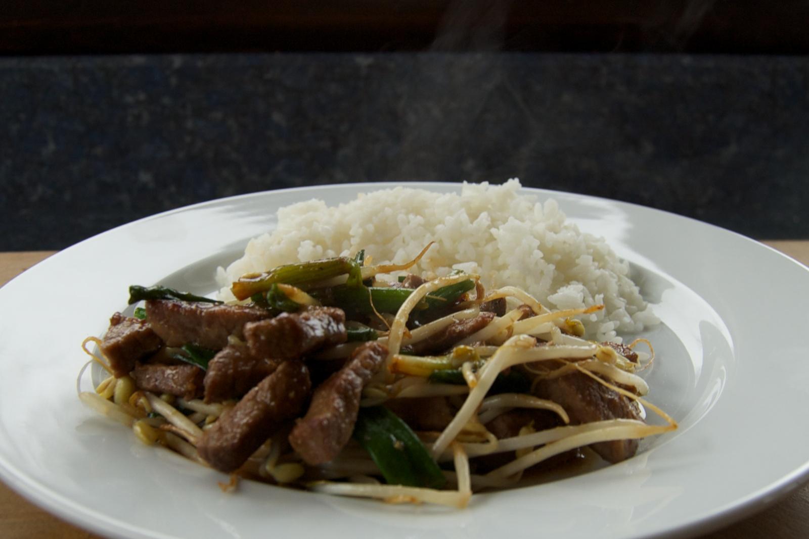 http://blog.rickk.com/food/2013/03/03/ate.2013.03.02.l.jpg