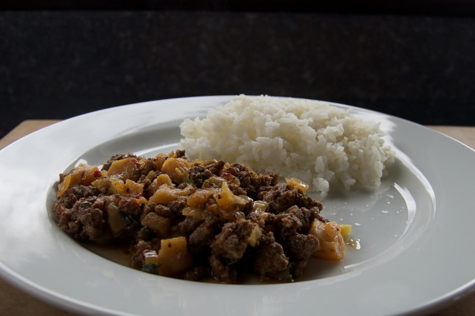 http://blog.rickk.com/food/2013/04/14/ate.2013.04.14.l.jpg