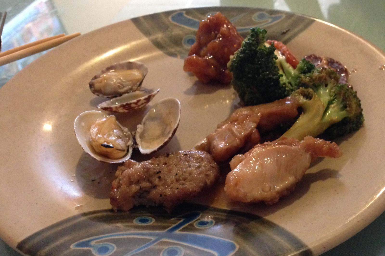 http://blog.rickk.com/food/2013/06/23/ate.2013.06.23.d2.jpg