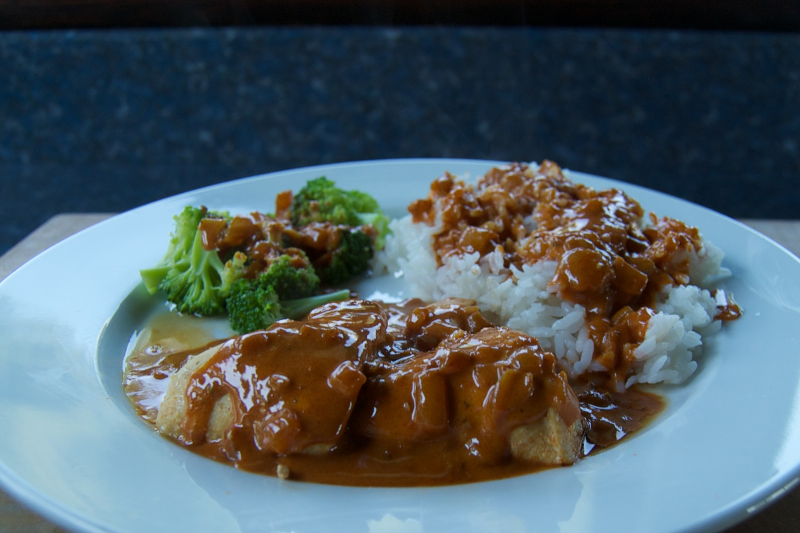 http://blog.rickk.com/food/2013/08/20/ate.2013.08.20.d.jpg