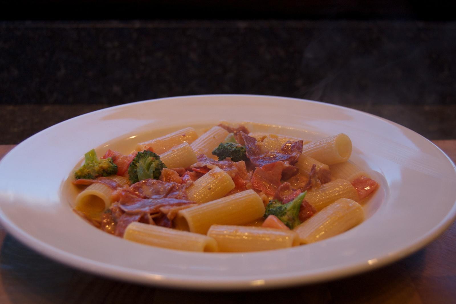 http://blog.rickk.com/food/2013/12/25/ate.2013.12.25.d.jpg