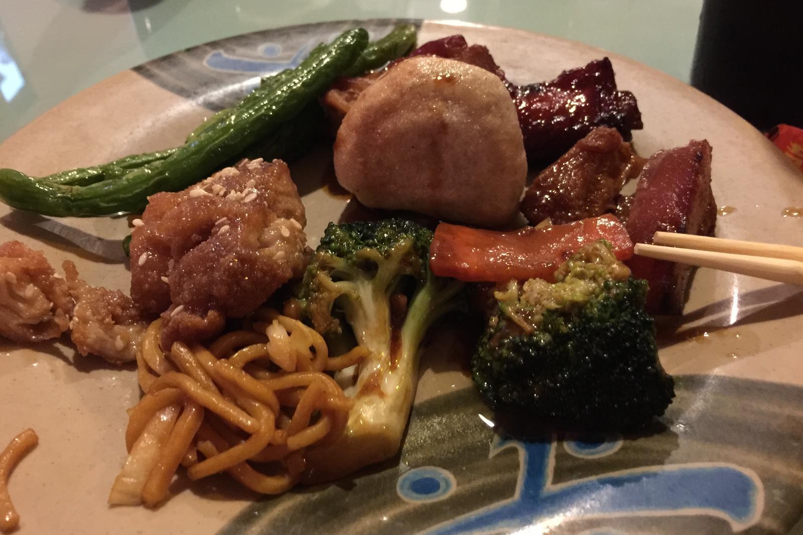 http://blog.rickk.com/food/2014/11/17/ate.2014.11.16.d1.jpg