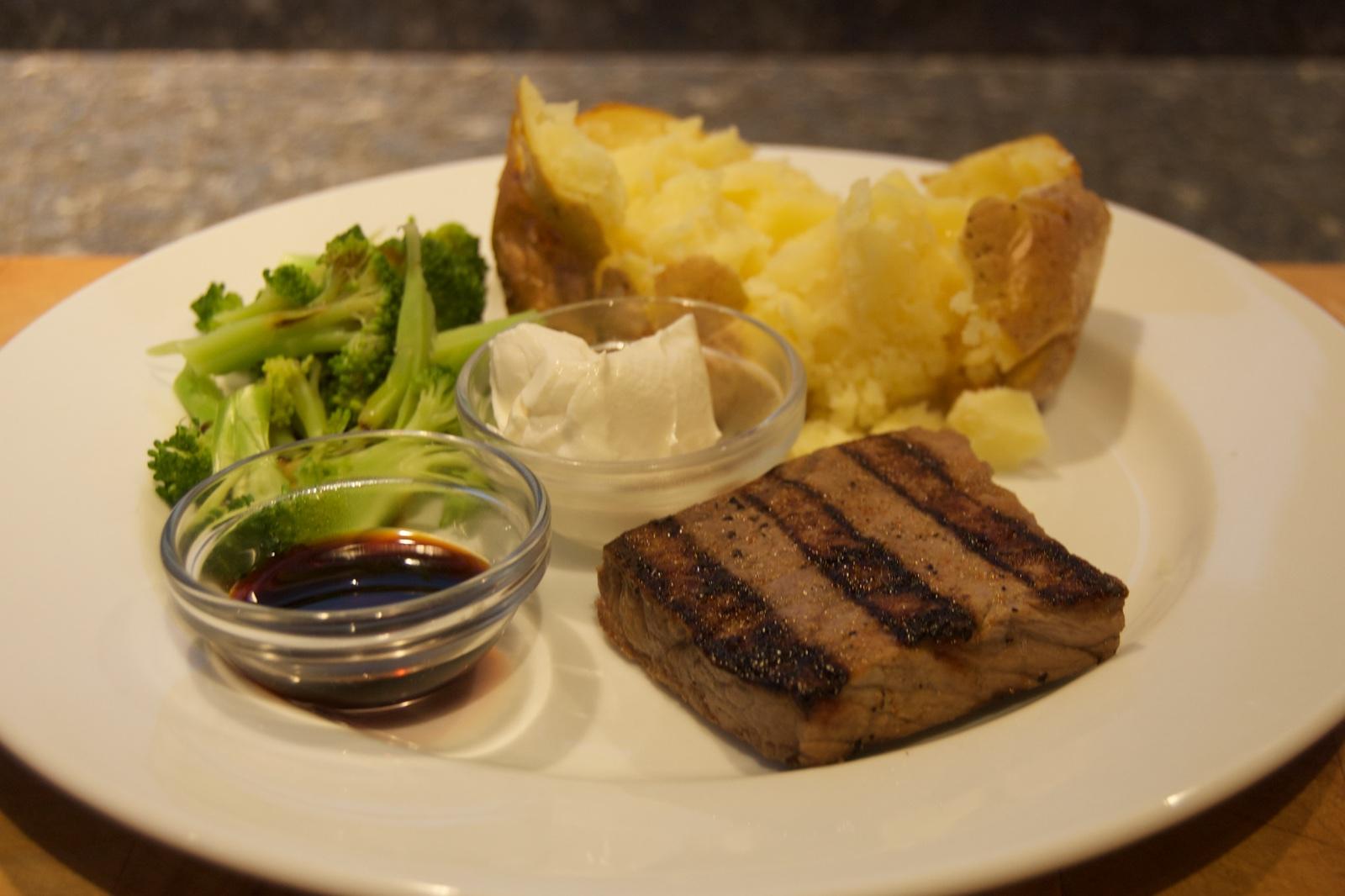 http://blog.rickk.com/food/2015/12/30/ate.2015.12.30.d.jpg