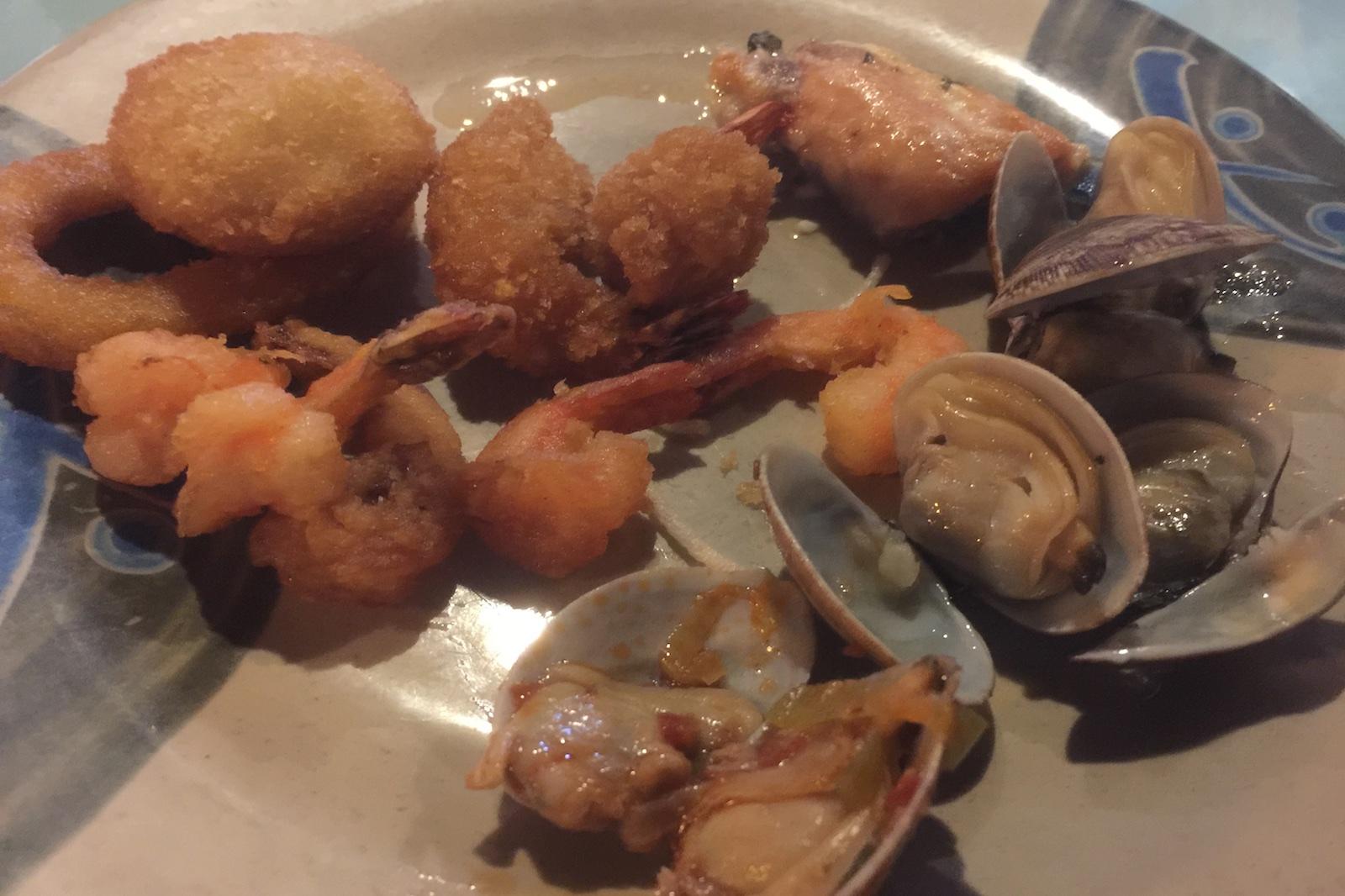 http://blog.rickk.com/food/2016/08/15/ate.2016.08.14.d2.jpg